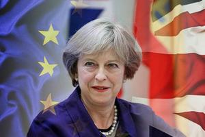 Brexit theo cách của bà May - điên rồ đôi lúc lại là khôn ngoan
