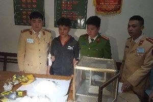 Đối tượng vận chuyển trái phép 2 kg ma túy đá chống trả quyết liệt khi bị vây bắt