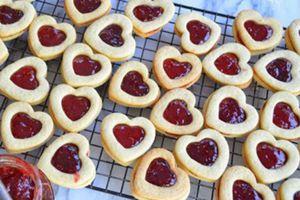 Cách làm bánh tình yêu cho ngày Valentine