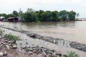 Hơn 30km bờ biển Kiên Giang bị sạt lở nghiêm trọng