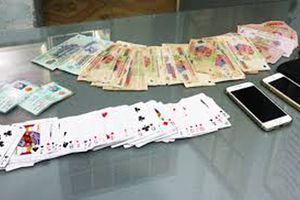 Liên tiếp bắt nhiều tụ điểm đánh bạc ăn tiền tại Tây Ninh