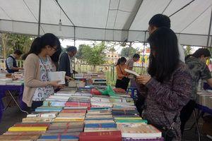 Khám phá Lễ hội sách cũ Hoàng Thành Thăng Long 2019