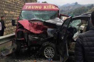 Tai nạn nghiêm trọng trên cao tốc Nội Bài - Lào Cai, nhiều thương vong