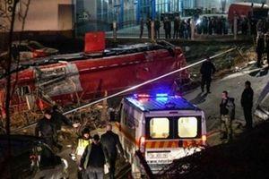 Bắc Macedonia: Xe buýt lao xuống vực thẳm, hàng chục người thương vong