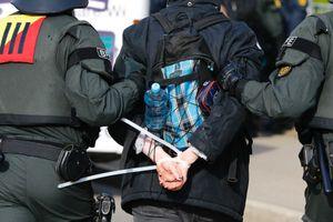 Đức bắt 2 người Syria bị nghi phạm tội ác chống loài người