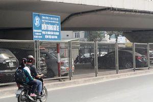 Hà Nội đề xuất tiếp tục cho trông giữ xe dưới gầm cầu