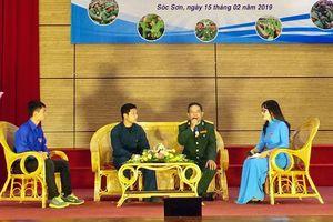 Sóc Sơn gặp mặt, tặng quà 226 tân binh nhập ngũ năm 2019
