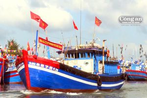 Ngư dân thẳng tiến ngư trường Hoàng Sa - Trường Sa