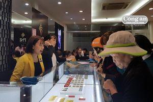 Chen chúc mua vàng ngày Thần Tài