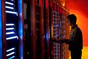 Trung Quốc sẽ vượt Mỹ trong cuộc đua dữ liệu năm 2025