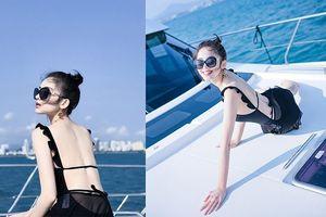 'Mỹ nhân Tân Cương' Cổ Lực Na Trát khoe dáng nuột nà với bikini