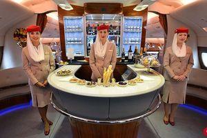 Máy bay Airbus A380 chở được gần 900 khách còn gì đặc biệt?