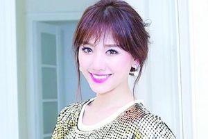 Chuyển động cùng: H'hen Niê, Ngô Thanh Vân, Vân Trang, Hari Won, Thùy Anh