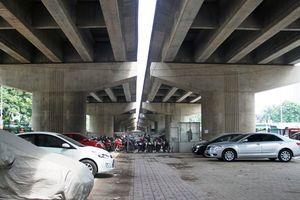 Hà Nội đề nghị trông giữ xe dưới gầm cầu vượt hết năm 2023