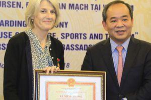 Sửa đổi, bổ sung thủ tục hành chính xét tặng Kỷ niệm chương 'Vì sự nghiệp văn hóa, Thể thao và Du lịch
