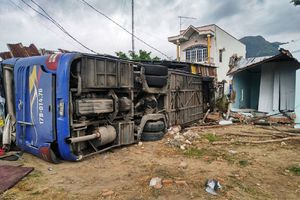 Thông tin mới nhất vụ xe khách lật ở Khánh Hòa khiến 37 người bị thương