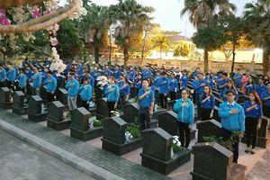 Hơn 12.000 thanh niên Thủ đô đồng loạt thắp nến tri ân các Anh hùng liệt sỹ