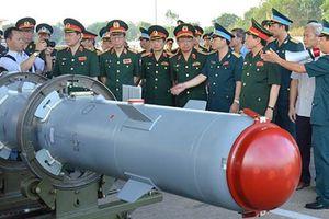 Bom chính xác KAB-500Kr Việt Nam lần đầu lộ diện