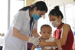 Báo động gia tăng bệnh sởi ở Đác Lắc
