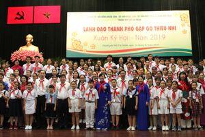 Lãnh đạo TP Hồ Chí Minh gặp gỡ thiếu nhi đầu xuân Kỷ Hợi