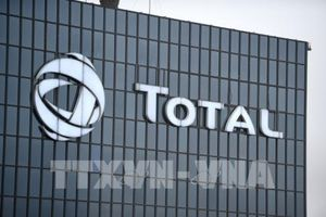 Total thông báo di chuyển một số hoạt động ra khỏi London