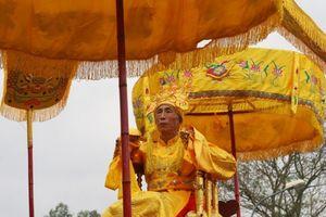 Độc đáo lễ rước 'vua giả' tưởng nhớ An Dương Vương xây thành Cổ Loa