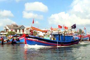 Ngư dân vươn khơi bám biển Hoàng Sa, Trường Sa