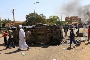 Sudan: Cảnh sát thiệt mạng do bị người biểu tình ném đá