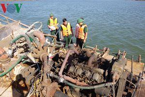 Bà Rịa-Vũng Tàu: Bắt 3 tàu khai thác cát trái phép trên sông