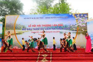 Tưng bừng khai hội Đại danh y kiệt xuất Việt Nam