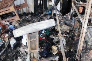 Cháy tiệm sửa quần áo, phát hiện 1 phần chai nhựa có mùi xăng
