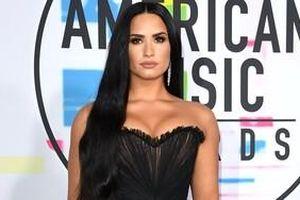 Demi Lovato trở lại trại cai nghiện, suy sụp sau khi dính phải scandal 'vạ miệng'?