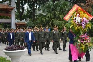 Học viện Chính trị CAND dâng hương tại Khu di tích Kim Liên