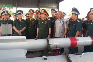 Tên lửa không chiến tối tân nhất trang bị cho tiêm kích Su-30MK2