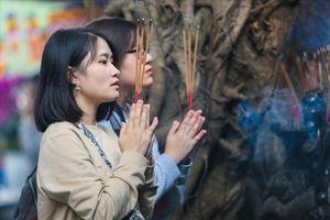 Những đền chùa đi lễ Rằm tháng Giêng nổi tiếng linh thiêng tại Hà Nội