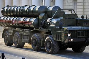 Đến lượt Saudi Arabia mua hệ thống tên lửa phòng thủ S-400 của Nga