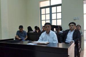 Sau 12 năm tranh chấp bản quyền Thần đồng đất Việt: Tòa tuyên họa sĩ Lê Linh thắng kiện