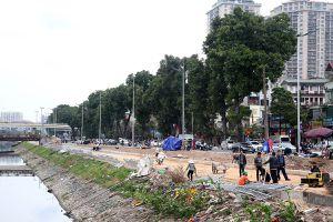 Hà Nội cấp tập chọn thầu xén vỉa hè để mở rộng đường