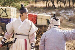 'Haechi': Jung Il Woo biết Go Ara là gái dù cải nam trang - Kịch bản mới lạ, không 'nhai đi nhai lại' như loạt drama cũ