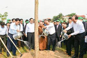 Trồng cây để Hà Nội trở thành thành phố văn hóa 4 mùa hoa nở