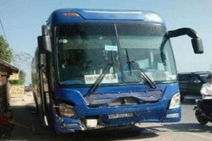 Thanh Hóa: Khởi tố lái xe khách tông xe biển xanh 8 người thương vong
