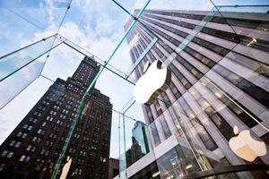Apple che giấu điều gì sau những thay đổi về nhân sự cấp cao?