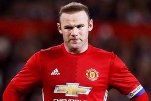 Rooney bị vợ bắt đi cai nghiện rượu vì ngày càng bê tha