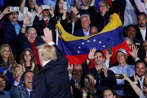 Tổng thống Trump tăng sức ép lên quân đội Venezuela