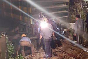 Nghệ An: Tàu hàng trật bánh, đường sắt Bắc - Nam gián đoạn nhiều giờ