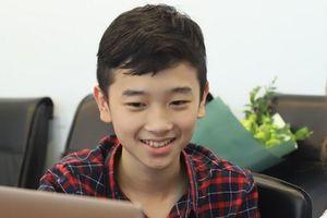Tài năng nhí piano giỏi toán, học 4 ngoại ngữ: 'Cháu không chán môn nào'
