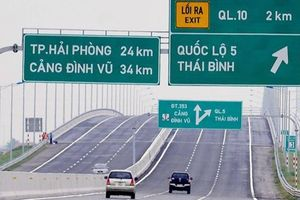 Yêu cầu cắm biển chỉ dẫn, ngăn phương tiện đi lùi trên cao tốc