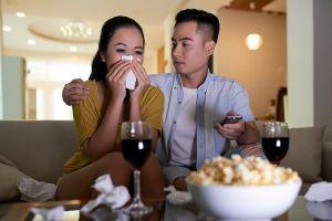 Chồng hẹn hò với bạn gái cũ, vợ chọn ngay 'liều thuốc đắng' khiến anh tỉnh mộng