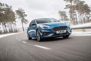 Ford Focus ST 2019 sẽ được trang bị động cơ 2.3L EcoBoost, mạnh 276 mã lực