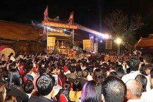 Chuẩn bị 18 vạn túi lương phục vụ llễ phát lương Đức Thánh Trần đền Trần Thương năm 2019